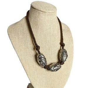 Cadoro knotted rope embossed metal beads necklace